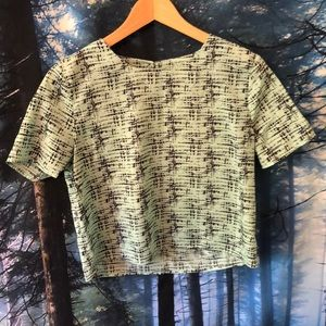 Adorable turquoise blouse size small